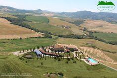 Vista aerea del Palagetto, Volterra, Toscana...