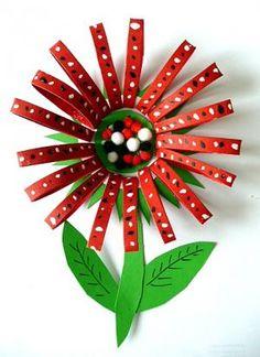OpaBilder/basteln-Blume-rot-Kuechenpapierrolle-Pompons