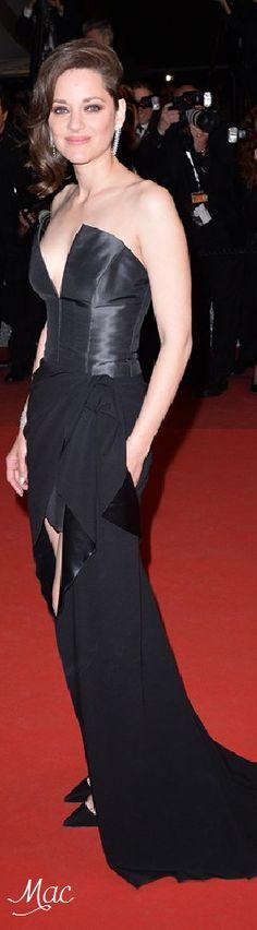 Cannes 2016: Marion Cotillard in Dior