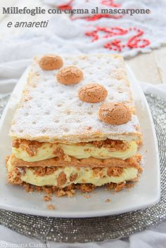 millefeuille w mascarpone cream & amaretti Burritos, Pastry Recipes, Dessert Recipes, Ricotta, Italian Food Restaurant, Italy Food, Sweet Cakes, Italian Recipes, Good Food