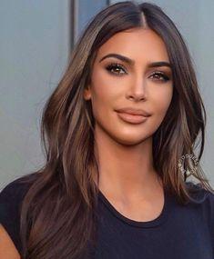 - Royals kim kardashian cabello corto, kim kardashian antes y despues, ki - Look Kim Kardashian, Kim Kardashian Wedding, Kim Kardashian Highlights, Kardashian Beauty, Kim Kardashian Wallpaper, Looks Instagram, Brunette Hair, New Hair, Short Hair