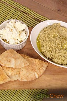 This easy Marinated Artichoke & White Bean Dip makes a great addition to your next appetizer spread!