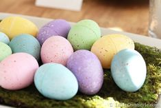 Ways-to-decorate-Easter-Eggs