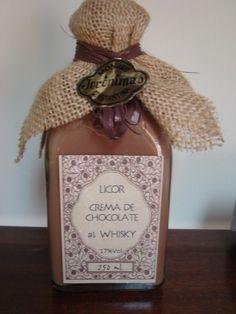 IDEAL PARA PERSONALIZAR PARA BODAS, BAUTIZOS, COMUNIONES, DIVORCIOS.  Un exquisito licor de crema de chocolate al whisky. Ideal para esas sobreme...