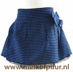 https://www.melkofpuur.nl/p-o chill blauwe rok charlotte blauw met tulle onderrokje-80045