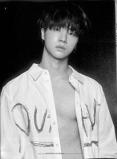 He looks like Suga of BTS. That's the highest compliment I can give another K-Pop singer because Suga is my Ultimate bias Kim Jinhwan, Chanwoo Ikon, Yg Entertainment, Btob, Ringa Linga, Ikon Member, Jay Song, Ikon Kpop, Ikon Debut