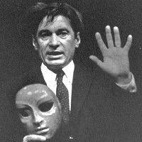 Jacques Lecoq Owner: Billy Deylord Group members: 13 Brief description: Jacques Lecoq, né le 15 décembre 1921 et mort le 19 janvier 1999 est un comédien, metteur en scène, chorégraphe et pédagogue. Tags: #mime, #theatre, #sign, #clown, #bouffon, #commedia, #pedagogy, #masque, #chœur, #mouvement, #mask, #movement