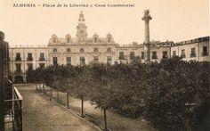 Plaza de la Libertad y Ayuntamiento de Almería