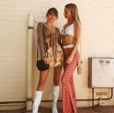 halloween outfits 44 Most Perfect College Halloween Costume Ideas For Party Costume Hippie, 70s Costume, Halloween Costumes For Teens, Costumes For Women, Costume Halloween, Halloween Ideas, Disco Halloween Costume, Cute Halloween Outfits, Nerd Costumes