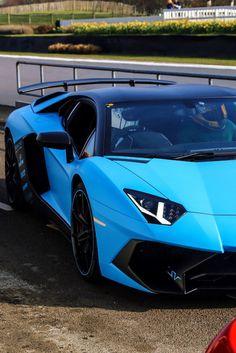 New Cars and Supercars! The Latest Cars… Blue Lamborghini, Lamborghini Aventador Roadster, Ferrari, Dream Cars, My Dream Car, Top Luxury Cars, Jeep Cars, Latest Cars, Expensive Cars