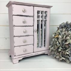 Pretty Vintage Jewellery Box Painted in Antoinette Pink With Mirrored Door Painted Jewelry Boxes, Painted Boxes, Vintage Jewellery, Jewellery Box, Pink Chalk, Close To Home, Home Decor Items, Shabby Chic, Oxford
