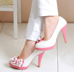 Lovely white and pink #shoes with bow