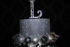 Custom Cake Pops by RW Chocolate Fountains used as wedding favors www.rwchocolatefountains.com