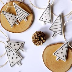 DIY Minimalistyczne ozdoby na choinkę • origamifrog.pl Instagram Posts, Christmas, Home Decor, Xmas, Decoration Home, Room Decor, Navidad, Noel, Home Interior Design