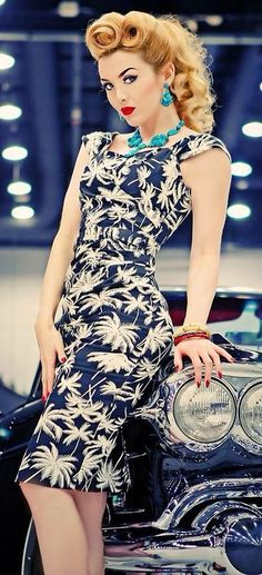Vintage Style Dress and Hair