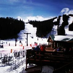 More snowboarding pictures. #colorado #realmountains #realsnow #snowboarding #windy #beautiful #slopes #eldora
