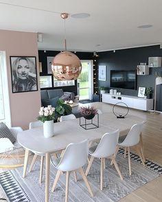Home Inspiration // Fruspilde The Perfect Scandinavian Style Home Interior Design Living Room Warm, Dining Room Design, Home Interior Design, Interior Ideas, Green Dining Room, Design Room, Salon Design, Interior Modern, Luxury Interior
