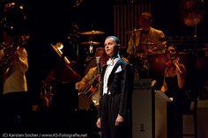 Max Raabe & Palast Orchester http://blog.ks-fotografie.net/konzertfotografie/max-raabe-das-palast-orchester-auf-heute-nacht-oder-nie-tournee/
