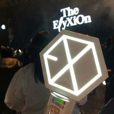 180210 The ElyXiOn in Taipei - Taiwan  #EXO #EXOgoods #exolightstick