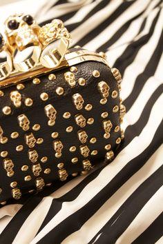 Outfit ispirazione bianco e nero! - Ravedoll #moda #fashionstyle #outfit #outfitbianconero #ravedoll #shopping
