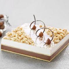 Iced Vacherin Vanilla, Mango and Passion - Condifa Mini Desserts, Gourmet Recipes, Cake Recipes, Chef Cake, Pastel Cakes, Luxury Cake, Square Cakes, Baking And Pastry, Cake Decorating Techniques