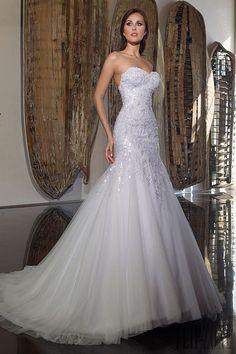 Al Halimah: Abed Mahfouz Bridal 2014 Collection Abed Mahfouz, Wedding Dresses 2014, Wedding Gowns, Elie Saab, Pretty Dresses, Beautiful Dresses, Alice, Bride Gowns, Dream Dress