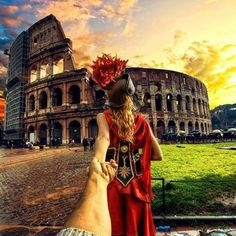 the Roman Colosseum. 20 January 2014 (the pic of the photo series by Russian Photographer, Murad Osmann) Rome Photography, Amazing Photography, Travel Photography, Murad Osmann, Photo Series, Wanderlust Travel, Girlfriends, Travel Inspiration, Around The Worlds