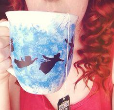 Disney Peter Pan mug Disney Cups, Disney Diy, Disney Crafts, Coffee Love, Coffee Cups, Coffee Coffee, Pottery Painting, Ceramic Painting, Feng Shui