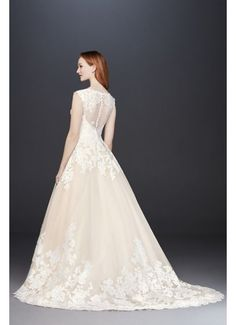 0bdb21bed3bfc Scalloped V-Neck Lace and Tulle Wedding Dress Style WG3850, Solid Ivory, 0