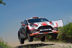 Ford Fiesta R5 Motointegrator Team na odcinku specjalnym Rajdu Polski.