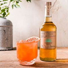 CASAMIGOS PALOMA 2 oz. Casamigos Reposado Tequila 1 1/2oz. Grapefruit Juice 1 oz. Fresh Lime Juice 1/2 oz. Cane Sugar 4 Basil Leaves Top off with a splash of squirt / sprite Optional: Rim 1/2 of glass with salt / sugar / grapefruit zest mixture. (All equal parts). Combine all ingredients into shaker. Muddle herbs. Add ice. Shake vigorously for 8-10 seconds. Fine strain in collins glass. Add fresh ice. Garnish with a fresh grapefruit peel placed on top of cocktail.