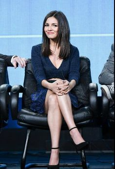 Frikadellie Mad - Victoria with custom Eye Candy visited the press conferences on the release of the series (January 10).