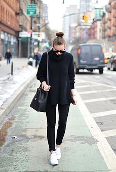 Airplane Outfit Voguehaus Fashion And Style Blog Inspiration Pinterest Outfits