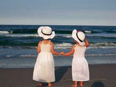 Sun hats for the flower girls of a beach wedding?