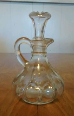 Sensible Lovely Clear Glass Cruet With Stopper Pottery & Glass Art Glass