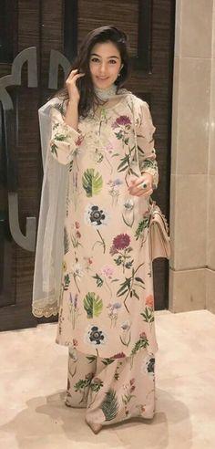 Adnan's wed tym outfit Pakistani Dresses Casual, Pakistani Dress Design, Indian Dresses, Indian Outfits, Pakistani Bridal, Formal Dresses, Korean Fashion Online, Indian Fashion, Muslim Fashion