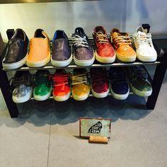 ¿Con qué color te quedas? #Satorisan #footwear #sneakers #Parafernalia #Oviedo #Asturias