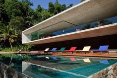 Modern Architecture of Paraty House by Marcio Kogan Architects Brazil. A As Architecture, Contemporary Architecture, Business Architecture, Brazil Houses, Studio Mk27, Design Case, Beautiful Homes, House Beautiful, Backyard