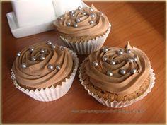 Cupcakes con glaseado de crema de cacao