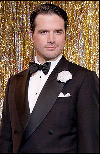 "Matthew Settle, who currently stars as Rufus on the CW Network's ""Gossip Girl,"" makes his Broadway debut as Billy Flynn in the Tony-winning revival of Kander and Ebb's Chicago April 19 at the Ambassador Theatre. Ya Ya Sisterhood, Matthew Settle, Bebe Neuwirth, Bob Fosse, Gossip Girl, Movies, Lawyer, Films, Film"