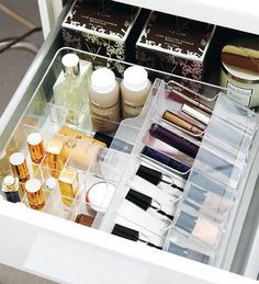 Makeup in Integrated Bin ~ You know @ a glance what you have, you can replace products more easily, things that are used together can be stored together.
