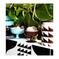 IKEA - TILLFÄLLE, Bowl, Practical and useful bowl, suitable both for serving and eating from. Decoration Design, Earthenware, A Table, Playroom, Plant Leaves, Design Inspiration, House Design, Tableware, Collection Capsule