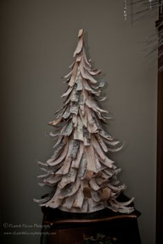 Bark tabletop tree - Winter decor...need to find one of these this Christmas season :)
