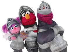 But there are only three knights left! Elmo Plaza Sesamo, Elmo And Friends, Sesame Street Muppets, Elmo And Cookie Monster, Disney Clipart, Pbs Kids, Jim Henson, Young At Heart, Puppets
