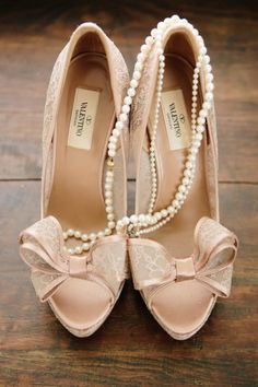 beautiful bow heels by valentino
