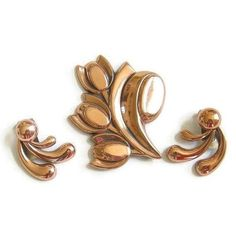 This is a gorgeous Renoir Copper Flower Brooch and Earrings Set signed Vintage!  This set is high quality and much nicer than my photos show.   The wonderful 1950s modern... #vintage #jewelry #fashion #matisse