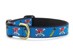 Skully Dog Collar @Leah Gearhart this is Primo's pirate collar...think sparrow can pull it off LOVE up country pet collars!