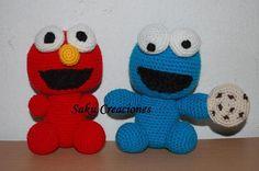 elmo y el monstruo como galletas bebes tejidos al crochet amigurumis