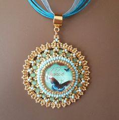 Tutoriel pas à pas du pendentif Kiara de la boutique PerlesdesCaraibes sur Etsy