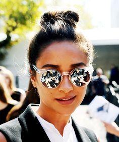 Warholian? Disco? Round mirrored sunglasses #style #fashion